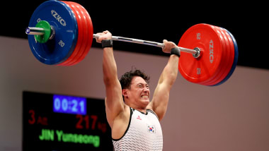 READY STEADY TOKYO - Weightlifting