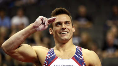 Sam Mikulak delivers for sixth U.S. title