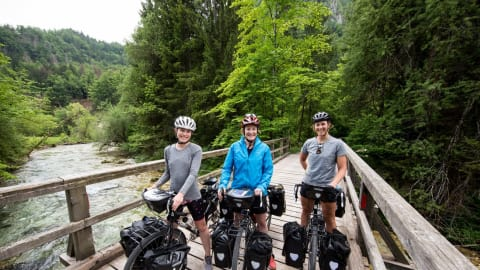 How to cycle 18,000km together and still stay friends – Rebecca Wardell interview