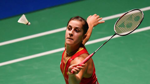 Carolina Marin's recovery: 2 psychologists, 2 dogs, ear sensors and 10 hours rehab a day