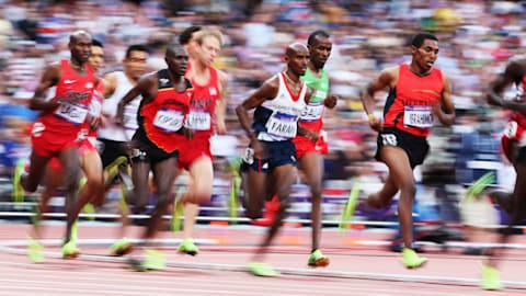 Farah wins gold in Men's 5000m | London 2012 Replays