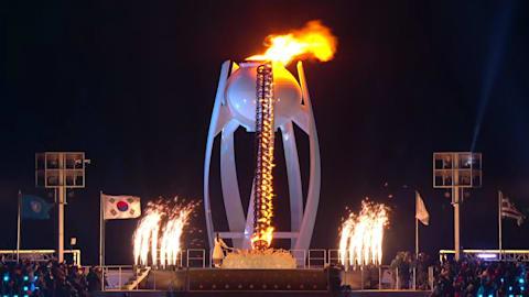 Let the Games begin: Yuna Kim lights PyeongChang 2018 cauldron