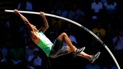 دليل الرياضة: القفز بالزانة