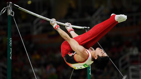 Top 10: Gymnastics horizontal bar releases
