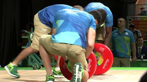 Behind the scenes: Weightlifting loaders