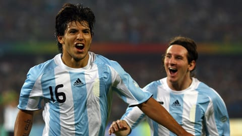 Sergio Agüero scores two goals in five minutes against Brazil | Beijing 2008