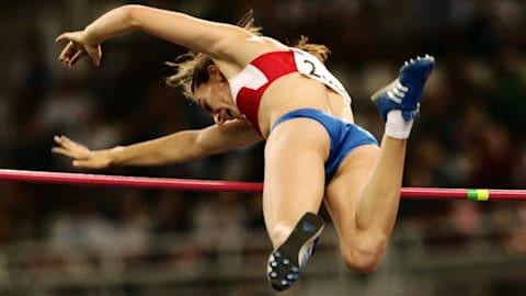 Isinbayeva quebra recorde mundial do salto com vara