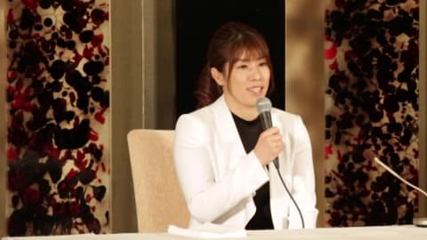 Japan's wrestling star Saori Yoshida says goodbye in style