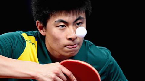 Spaßvogel Hu imitiert die Stars des Tennis
