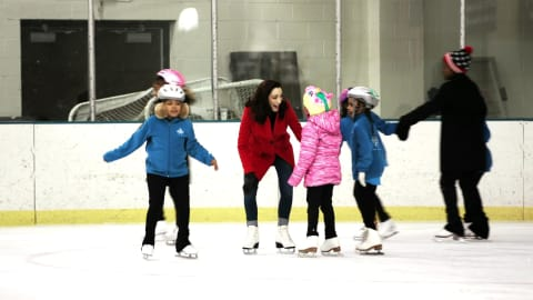 Meryl Davis inspiring young girls through 'Figure Skating in Detroit'