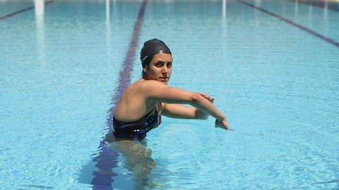 السباحة: اتقان الحركات الأساسية