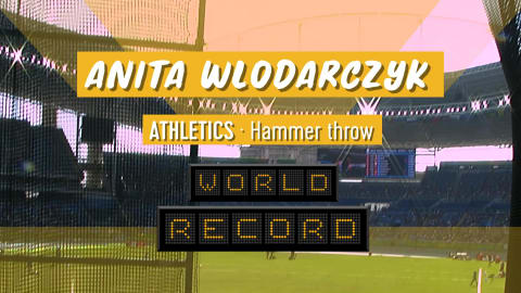 Wlodarczyk breaks hammer world record