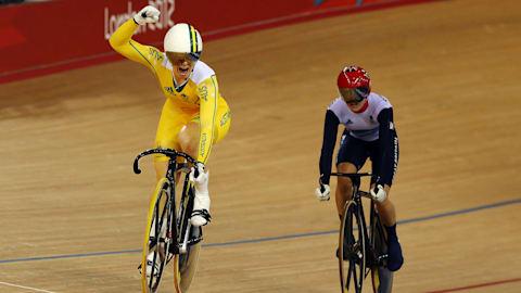 Repetición: Meares gana el oro en ciclismo de velocidad femenino