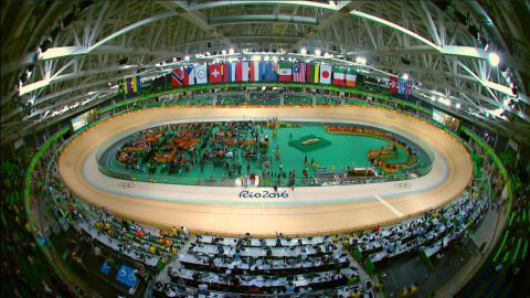 Ligtlee wins gold in women's keirin