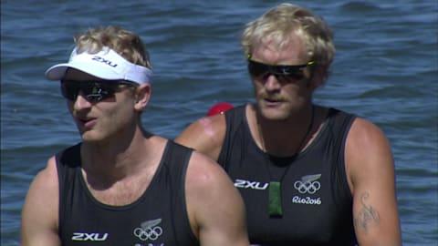 Gold medal tops rowing pair's record run