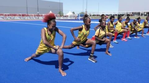 Las chicas del hockey de Vanuatu: no zapatos, no problemas