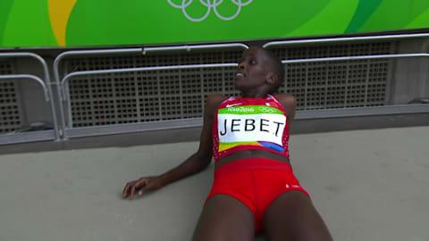 Jebet é ouro com o segundo melhor da história nos 3.000m com barreira