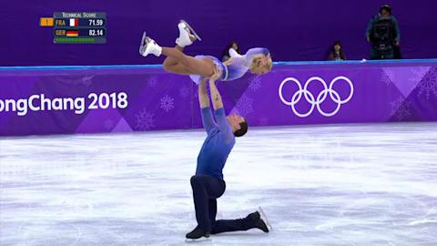 Le couple Savchenko et Massot, sur leur titre en patinage artistique