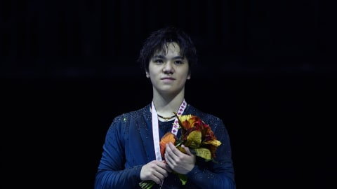 Shoma Uno and Evgenia Medvedeva shine in Skate Canada free skates