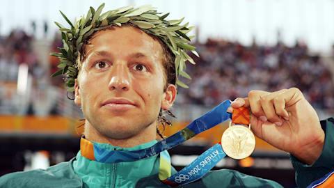 ثورب يحصل ذهبية 200م سباحة حرة في أثينا