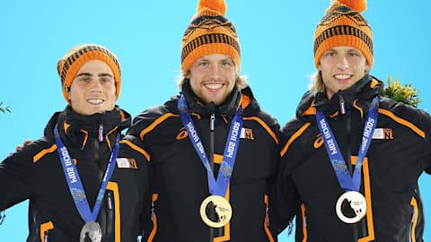 هولندا تفوز بثلاث ميداليات بالتزلج السريع