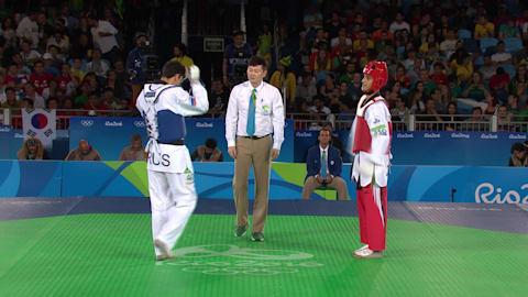 A. ABUGHAUSH (JOR) df. A. DENISENKO (RUS), 10:6 | Taekwondo @ Rio 2016
