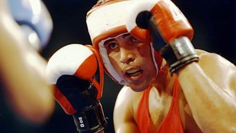 USA's de la Hoya beats Nigeria's Odion | Barcelona 1992