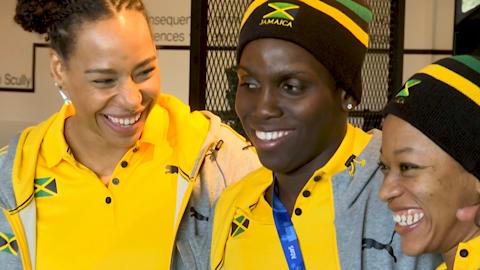 A equipe feminina jamaicana de Bobsleigh toma conta do pedaço