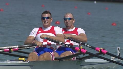 irmãos Sinkovic mostram força familiar no skiff duplo