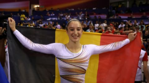 Nina Derwael leads the way for Belgium's women