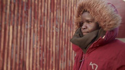 Conheça a ex refugiada que virou estrela da luta livre da Noruega