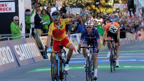 Alejandro Valverde claims first men's road race world title at 38