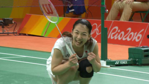 Matsutomo and Takahashi triumph in doubles final