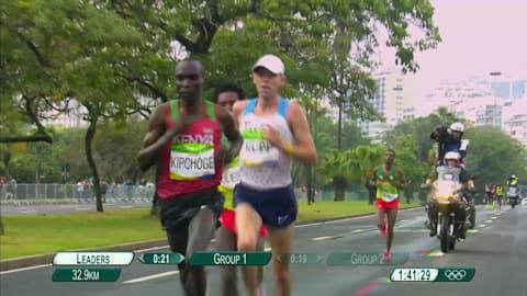 肯尼亚选手基普乔格获得男子马拉松金牌