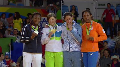 여자 유도 -63kg급 금메달을 차지한 슬로베니아의 트르스테냐크