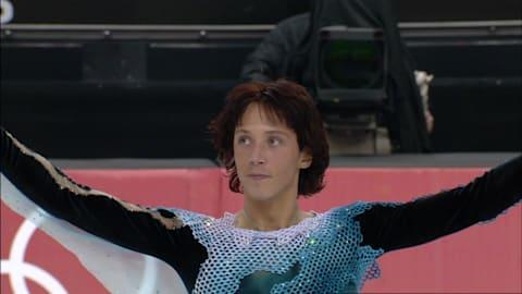 Johnny Weir patina al ritmo de 'Otonal' en Turín 2006