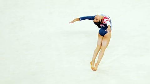 Replay: Raisman gewinnt Gold beim Bodenturnen der Frauen