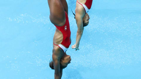 Diving duo take on the Team Talk challenge