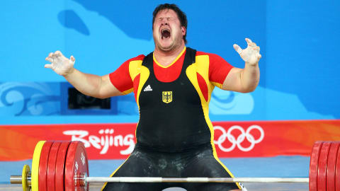 Steiner dedicates emotional weightlifting gold to late wife