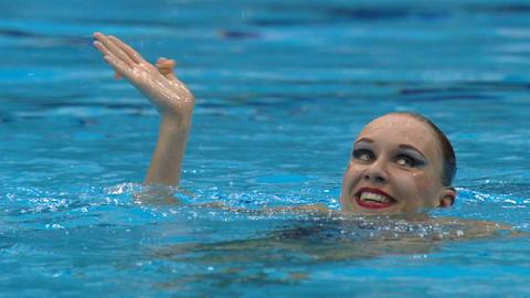 Ishchenko leaves pool to dive into politics