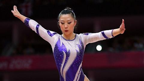 Top 10: Artistic gymnastics balance beam mounts at the Olympics