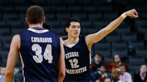 【アスリートの原点】渡邊雄太:小学2年でバスケ界最高峰の「NBA」を目標に。幼少期は元選手の両親のもとで猛特訓