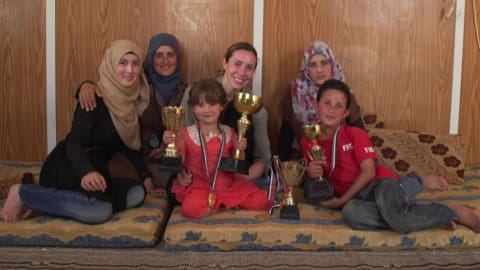L'athlète Samantha Murray visite le camp de réfugiés Zaatari en Jordanie