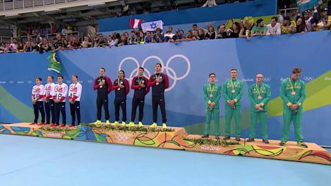 Gli Stati Uniti trionfano nei 4x100 misti maschili