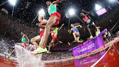 Repetición: el keniata Kemboi gana los 3.000 metros con obstáculos