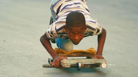 ラ・チビチャーナ:キューバ式スケートボード