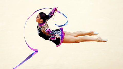 Guide sportif : La gymnastique rythmique