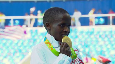 Jebet fatura o ouro nos 3.000m com obstáculos