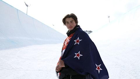 새로운 도전이 두렵지 않은 프리스타일 스키 선수 니코 포르테우스