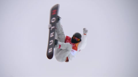 Shaun White grabs Men's Halfpipe Gold on his very last run | Snowboard